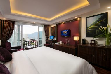 Premier deluxe room with balcony