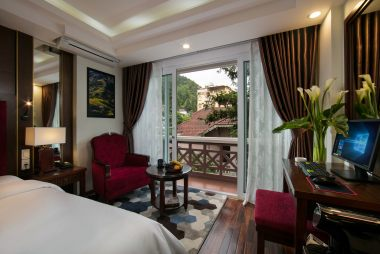 Superior room with balcony